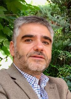 Arturo Fuentes, autor de También los demonios tiemblan
