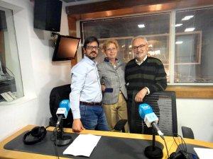 Teresa Abedul junto a los autores Víctor Moreno y Emilio Díaz Casero