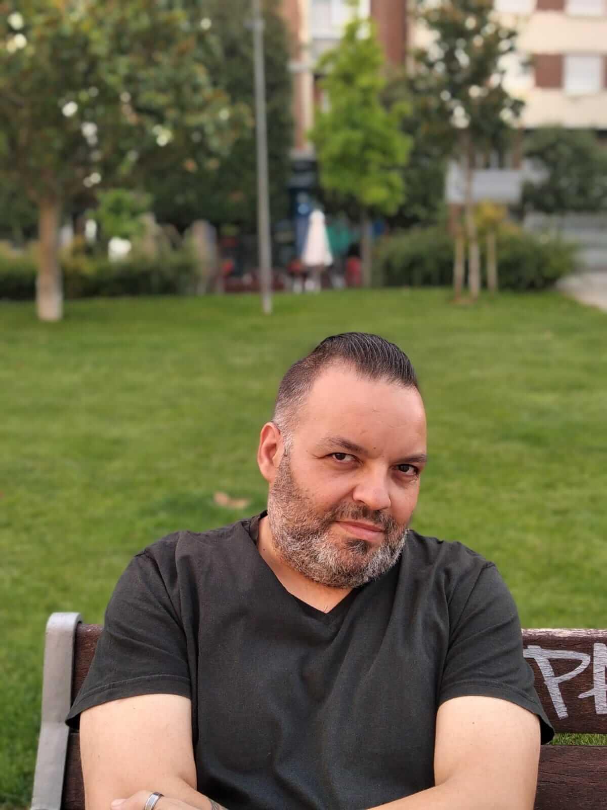 Javier Amor Santamaría, autor de Ediciones Atlantis
