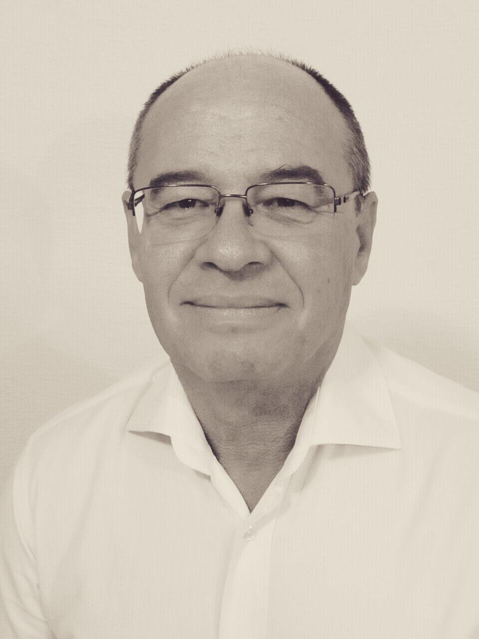 José Luis Pérez Aranda, autor de Ediciones Atlantis