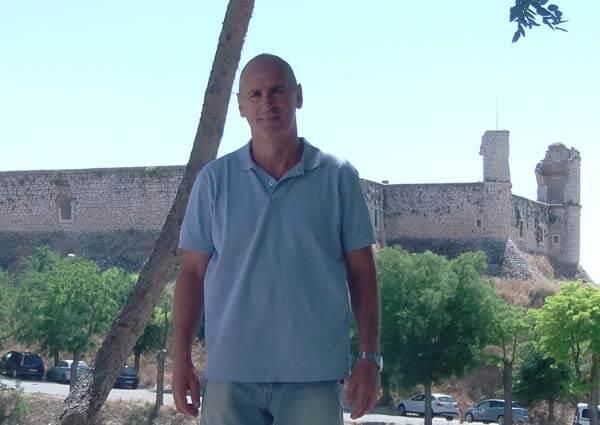 Francisco Chicharro Arderius, autor de varias obras con la editorial Atlantis.
