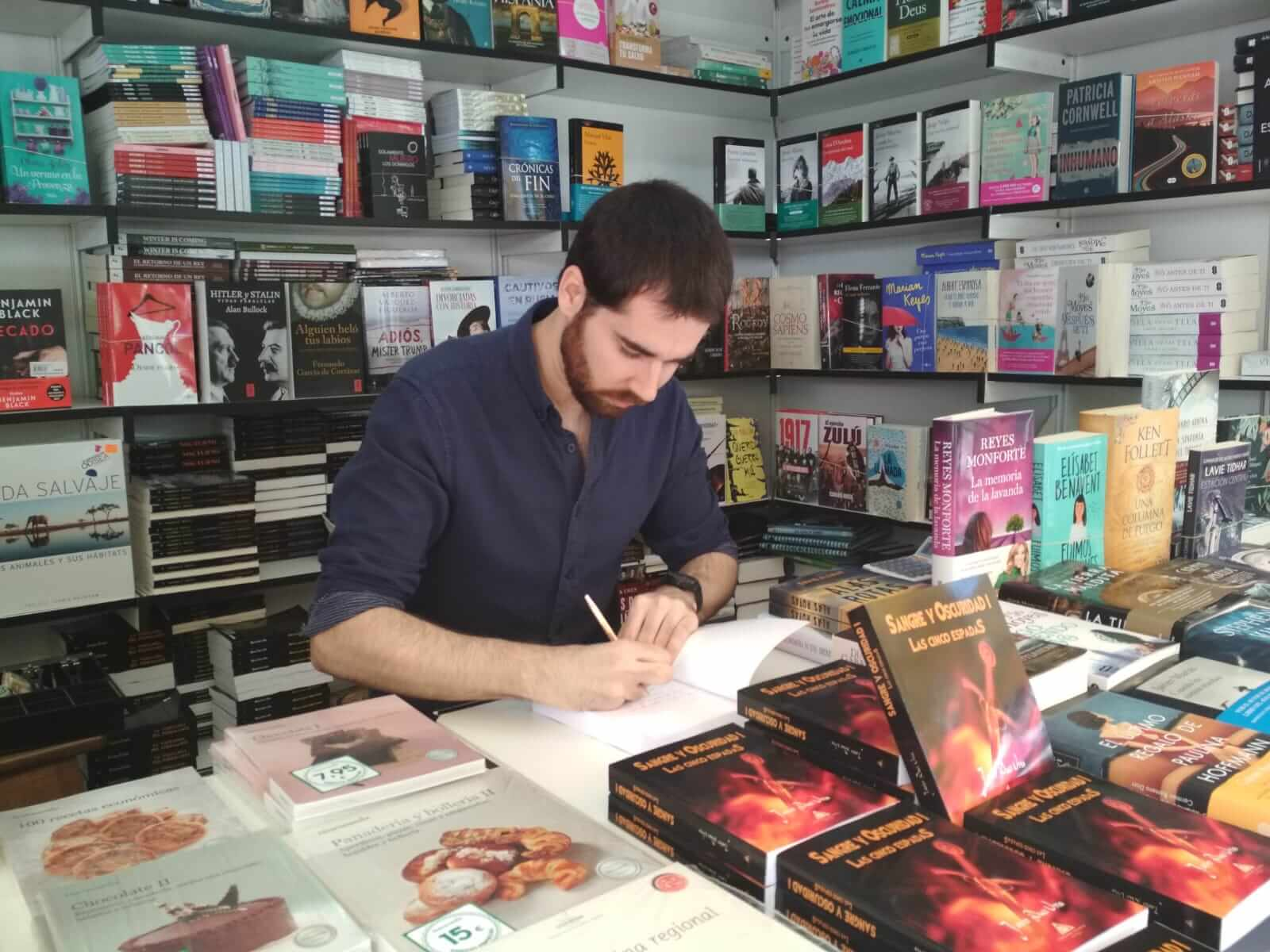 Javier Duce Ursa, autor de Ediciones Atlantis