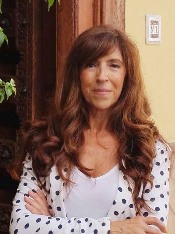 Irene Abecia Navarro, autora de Ediciones Atlantis