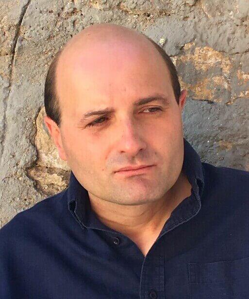 J.D Alonso Curiel, autor de Ediciones Atlantis.