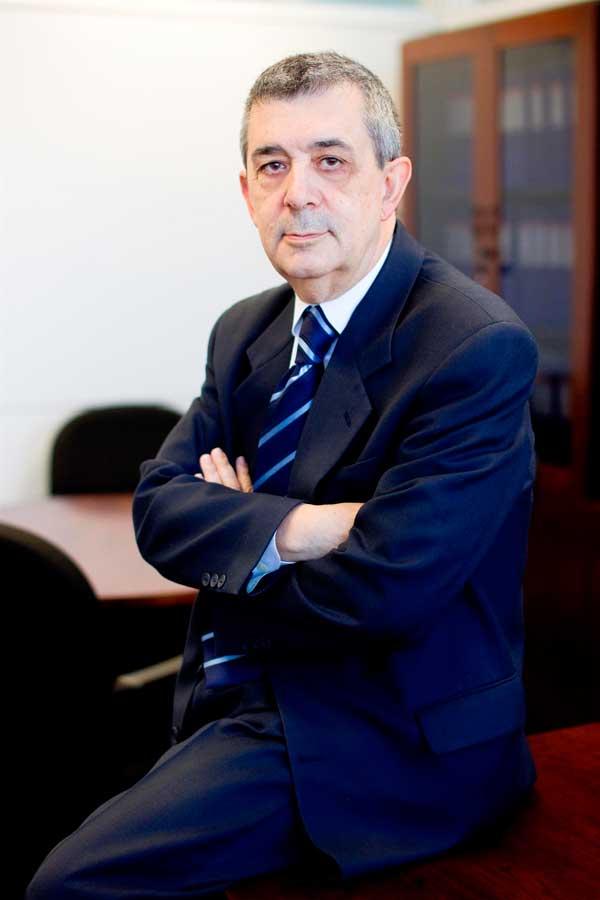 Juan Solaz, autor de Ediciones Atlantis.