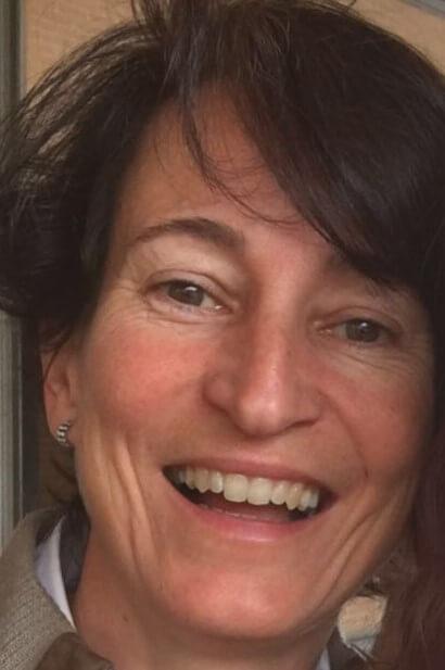 Lourdes Otal, autora de Ediciones Atlantis