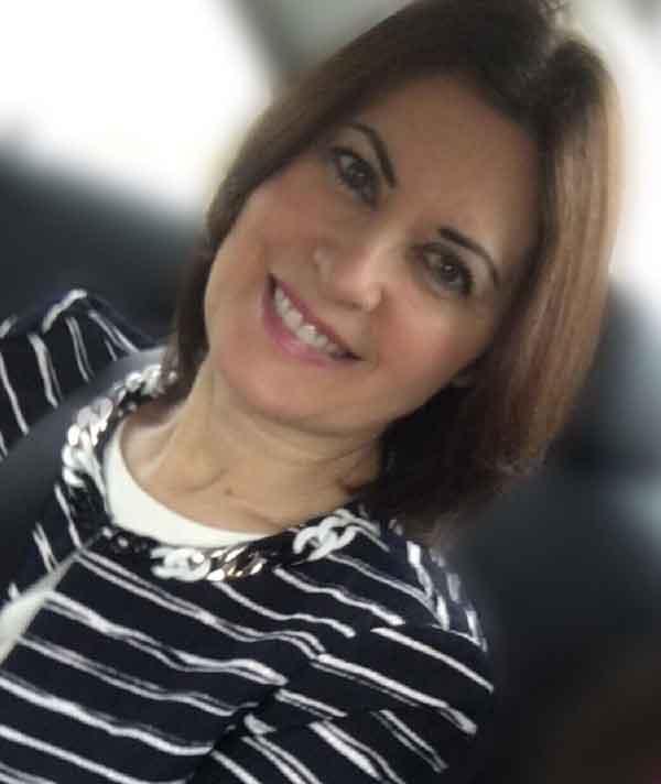 Lola Martínez, autora de Ediciones Atlantis