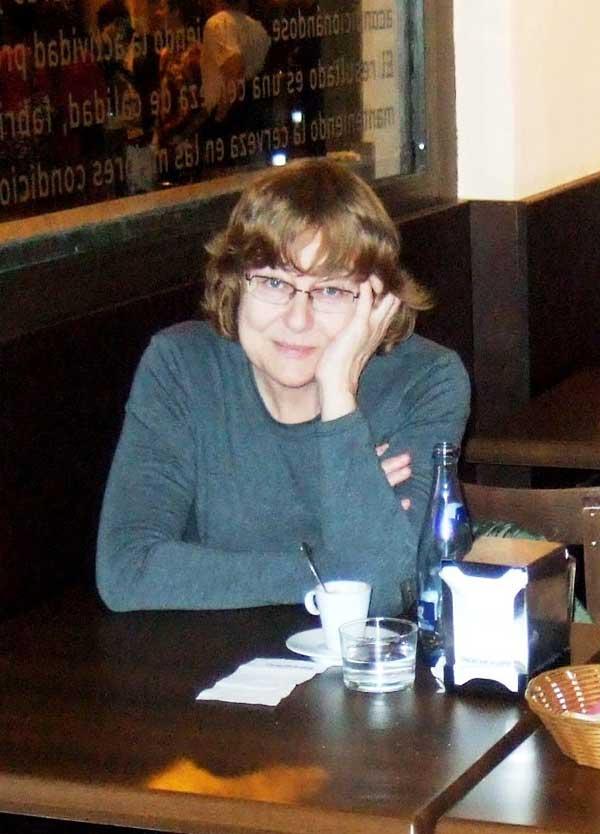 Luisa Grajalva, autora de Ediciones Atlantis