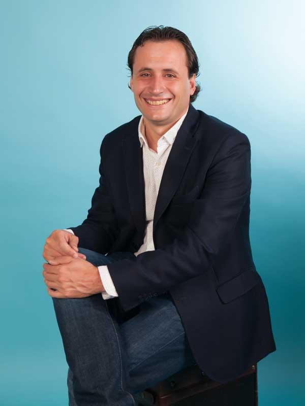 Marcos Nuñez Pangua, autor de 'Los seis peldaños. El camino para superar la timidez.