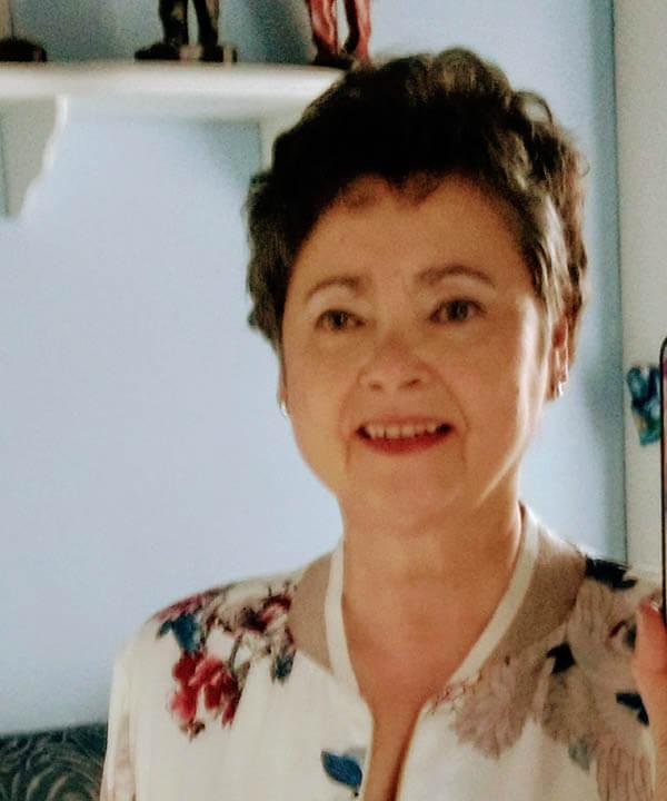 Mariasun Carrera , autora de la novela Condenados al paraíso.