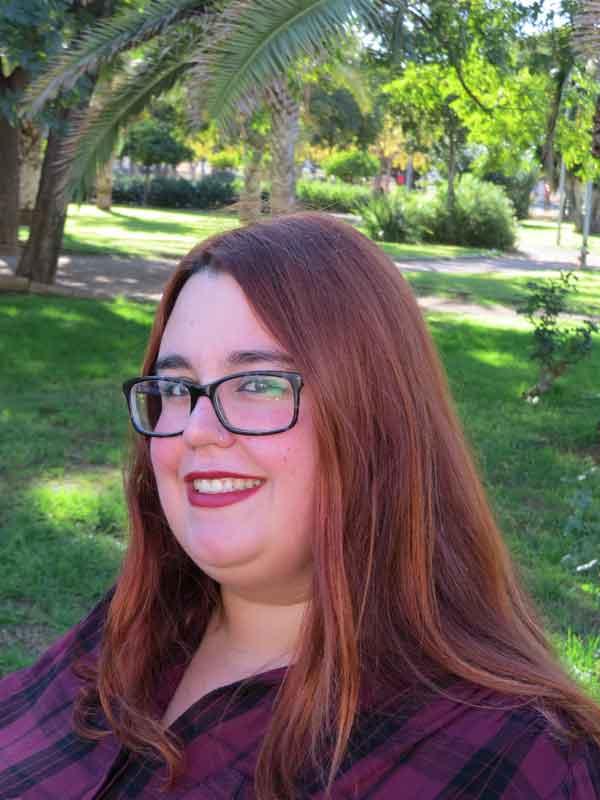 Mary Isach Campos, autora de Ediciones Atlantis