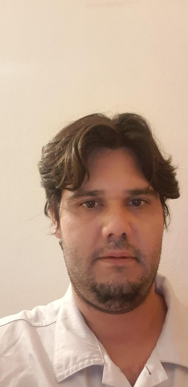 Miguel de Fernández, autor de Ediciones Atlantis