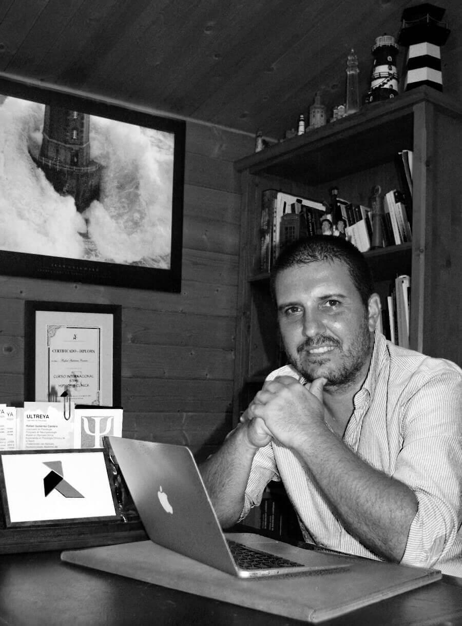 Rafael Alejandro Gutiérrez Cantero, autor de El instante infinito