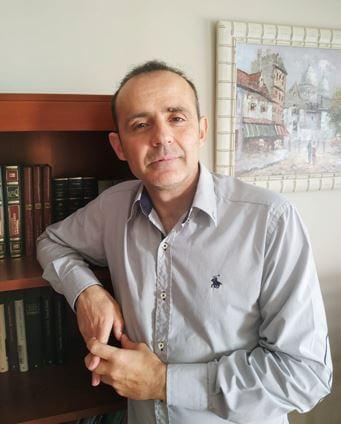 Juan Molina Hernández, autor de Ediciones Atlantis